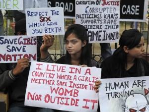 ap_india_gang_rape_53446305-4_3_r536_c534